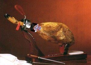 como colocar el jamon en el jamonero
